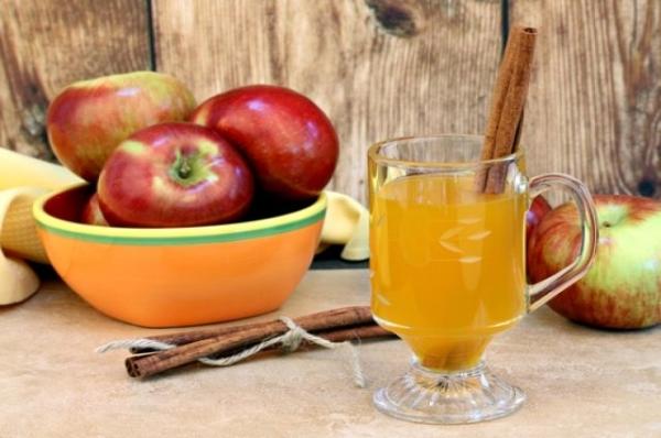 الطبخ أبل عصير التفاح في المنزل: وصفات ونصائح